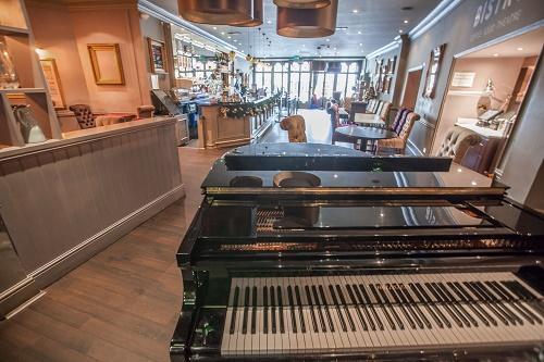 Bristol Hippodrome piano bar